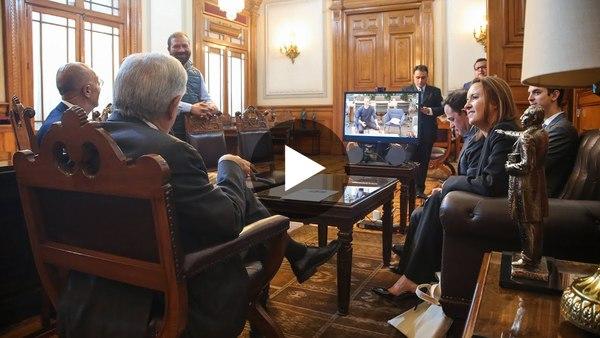 Videollamada con Mark Zuckerberg