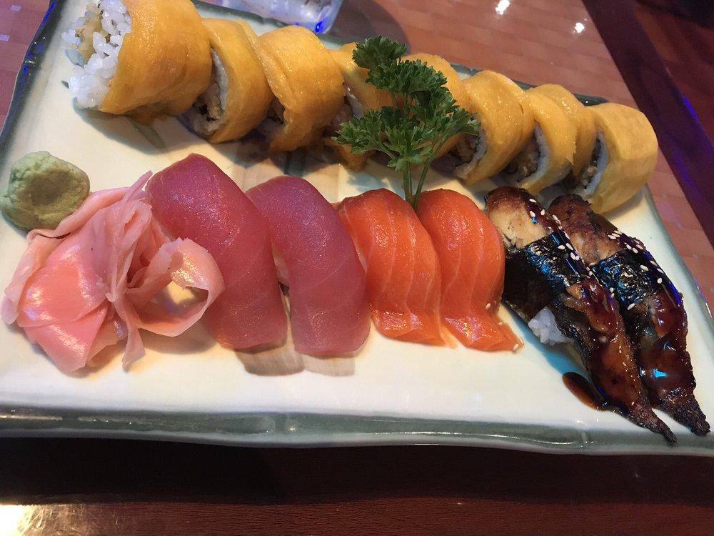 Little Tokyo Bistro sushi arrangement