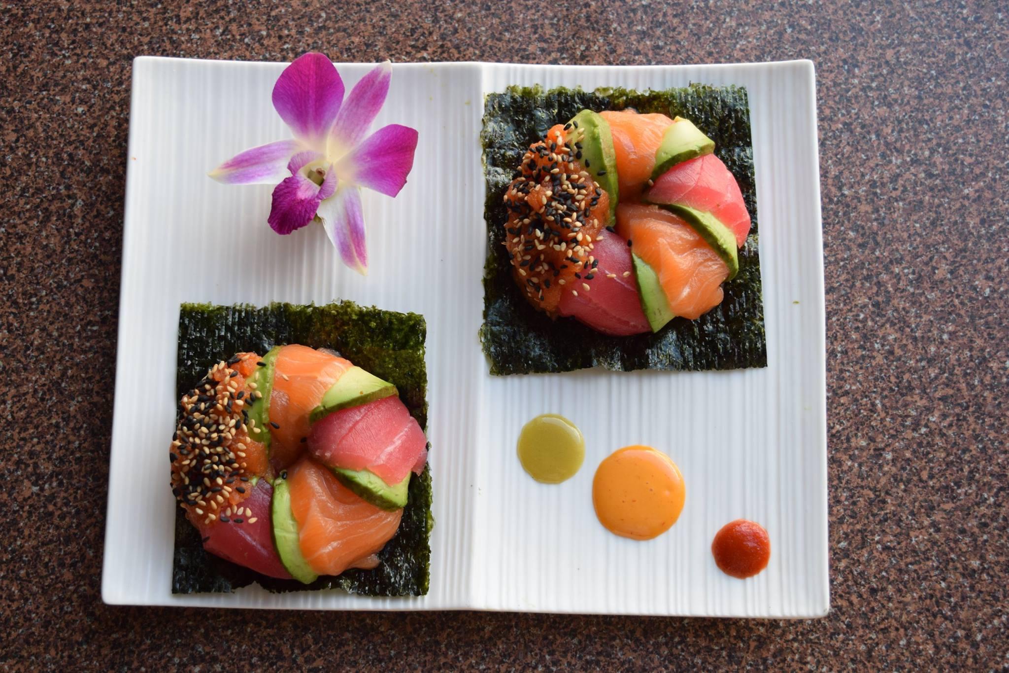 decorative sushi plate at Mt Everest Sushi