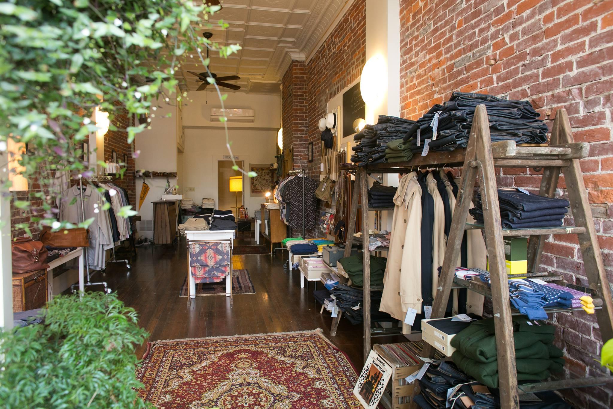 Vestis Clothing Store