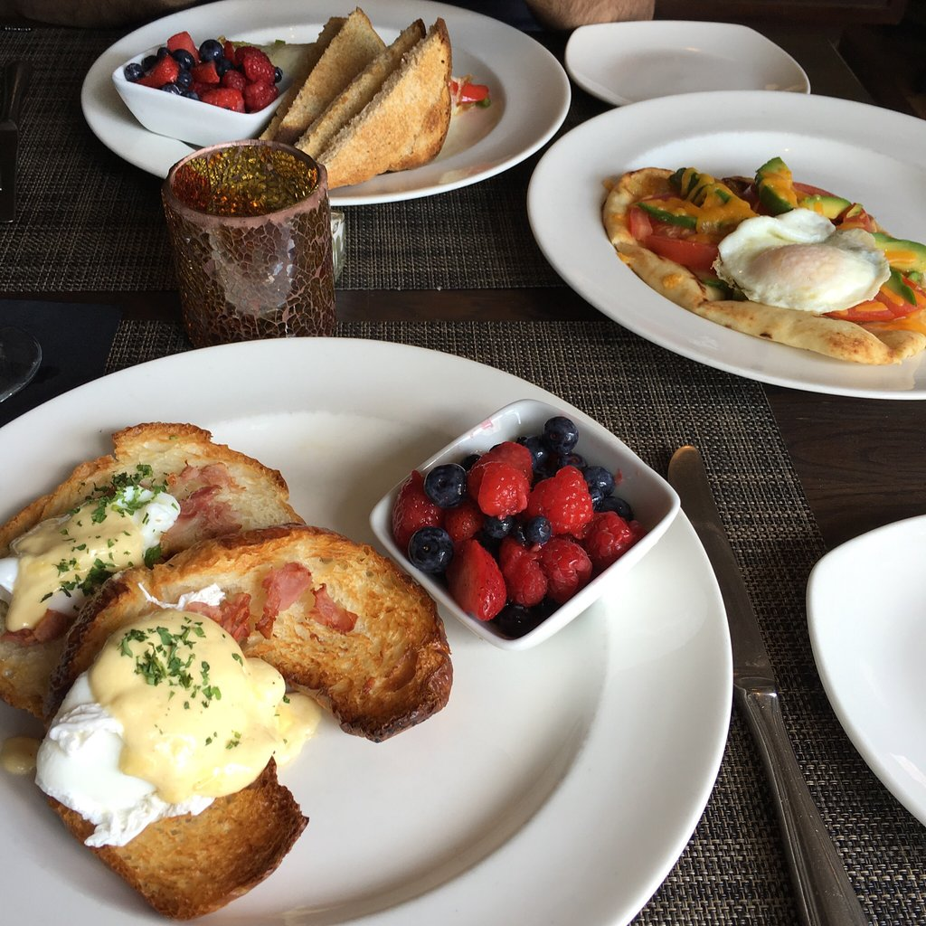 Bistro 19 brunch fare