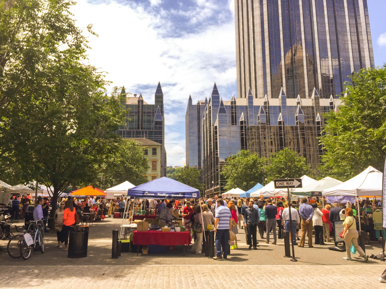 Farmer's Market in Market Square Downtown