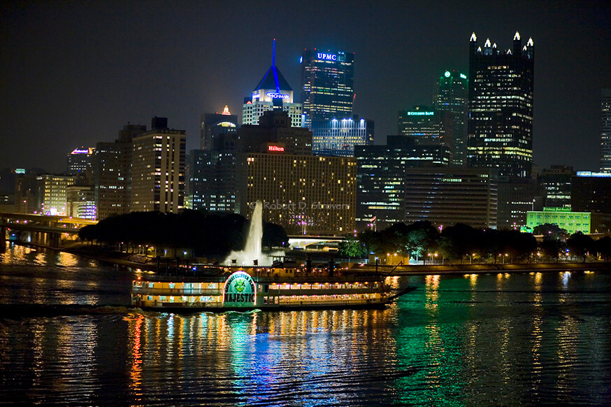 Moonlight cruise on the Gateway Clipper