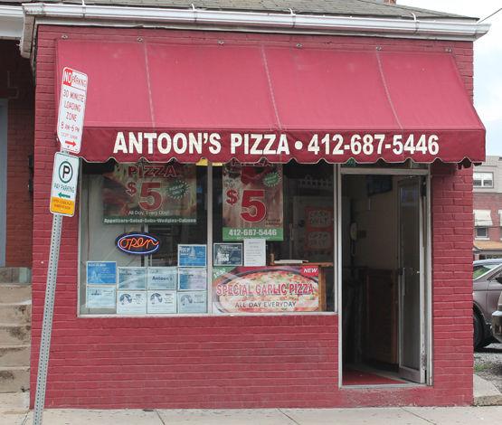 antoon's pizza storefront