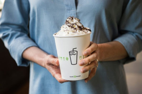 https://cdn.shakeshack.com/wp-content/uploads/2016/07/ChocolateCookiesCream_1-540x359.jpg
