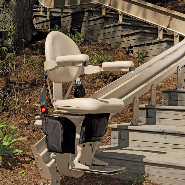Bruno Elite Outdoor CRE-2110EChairlift For Curved Stairs