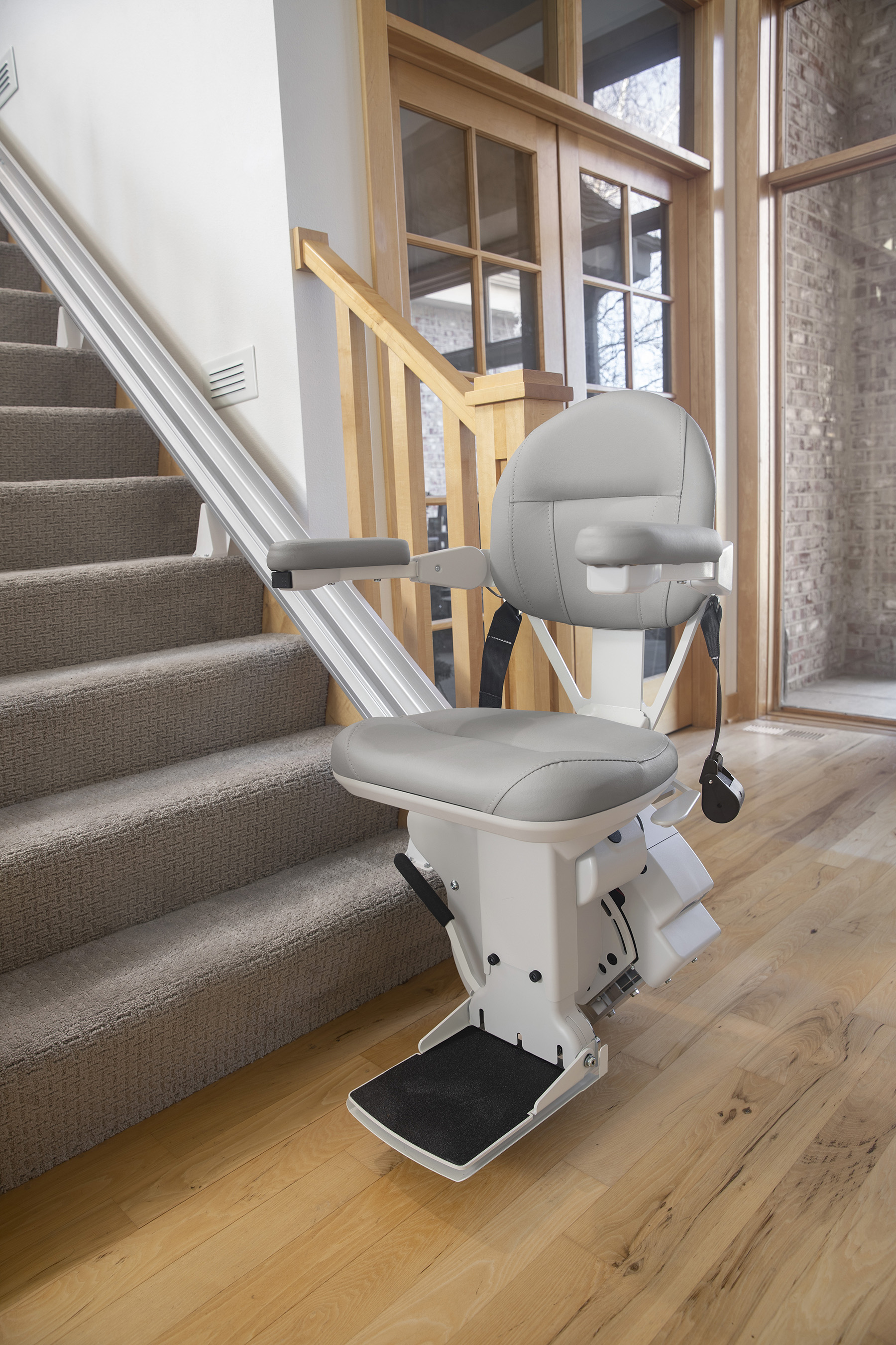 Bruno Elite SRE-2010Chairlift for straight stairs
