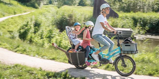 bike ride with kids