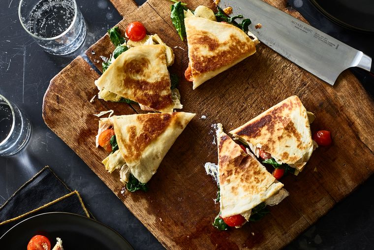 Try These Incredible 15-Minute Meals Tonight: Chicken Florentine Quesadilla