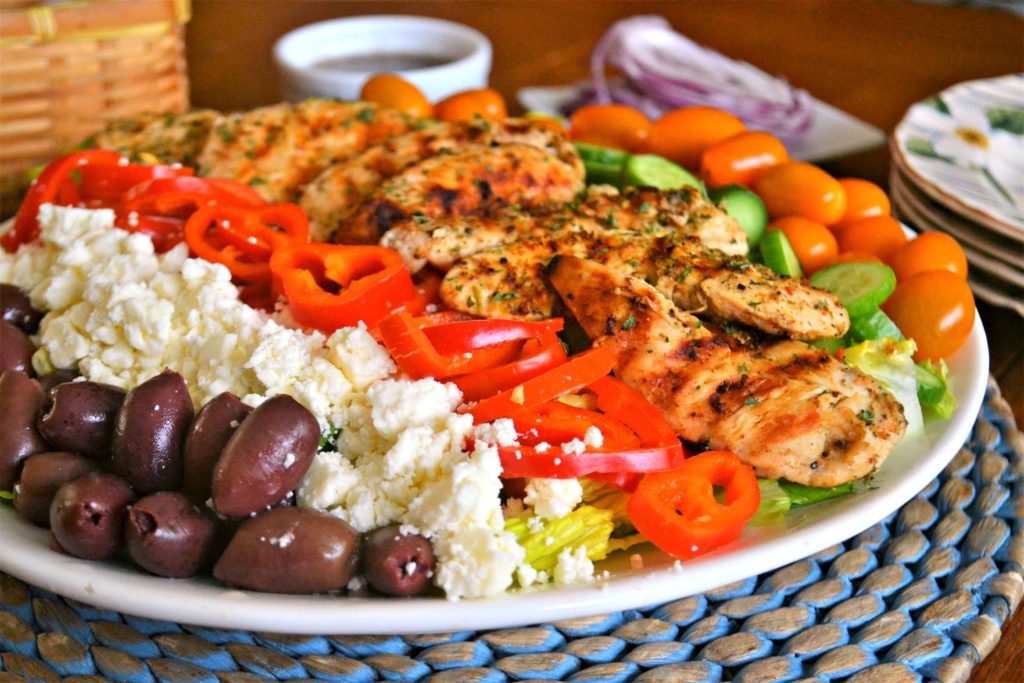Simple healthy recipes: Greek chicken salad