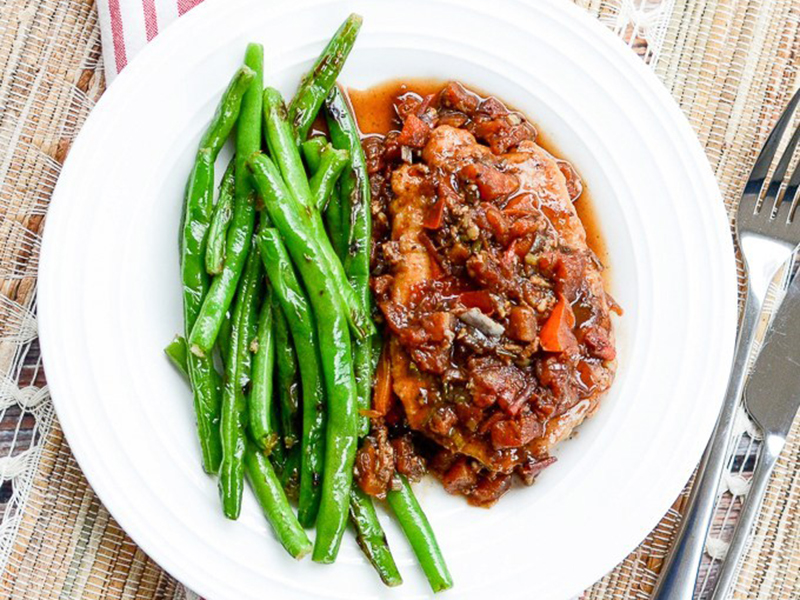 Healthy dinners for two: Braised Tuscan Pork Chops With Pan-Fried String Beans