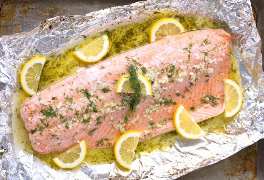 Easy healthy dinner: Easy 5 Ingredient Baked Salmon