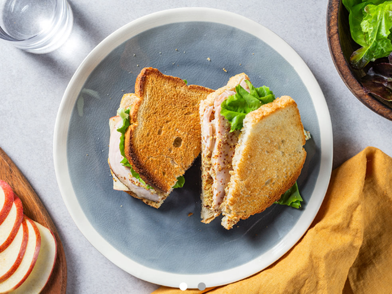 Simple Dinner Ideas: Brie and Roasted Turkey Sandwich