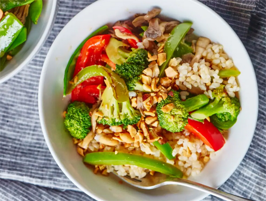 Easy dinner recipes for two: Weeknight Vegetable Stir-Fry