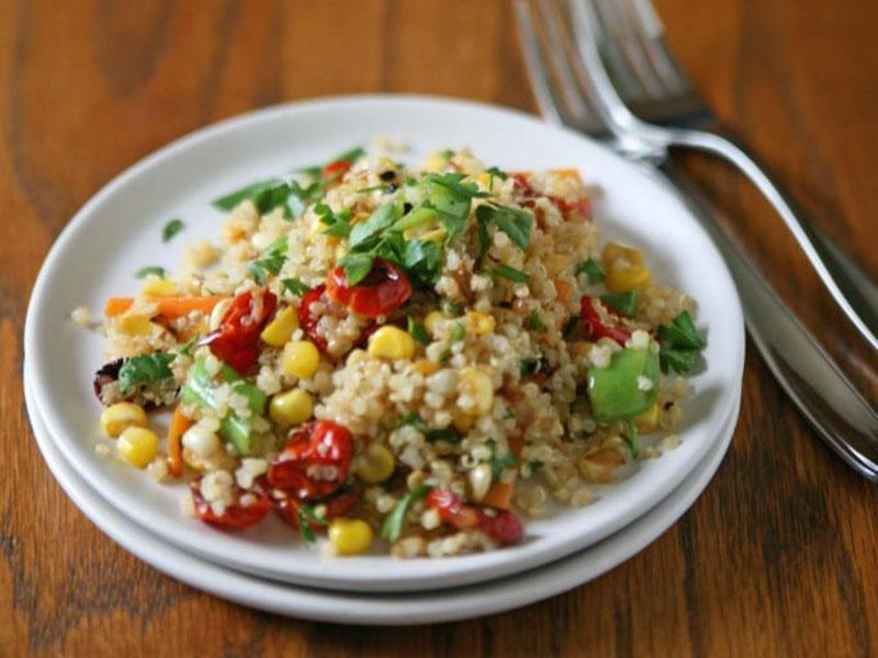 Healthy quick meals: Quinoa Summer Salad