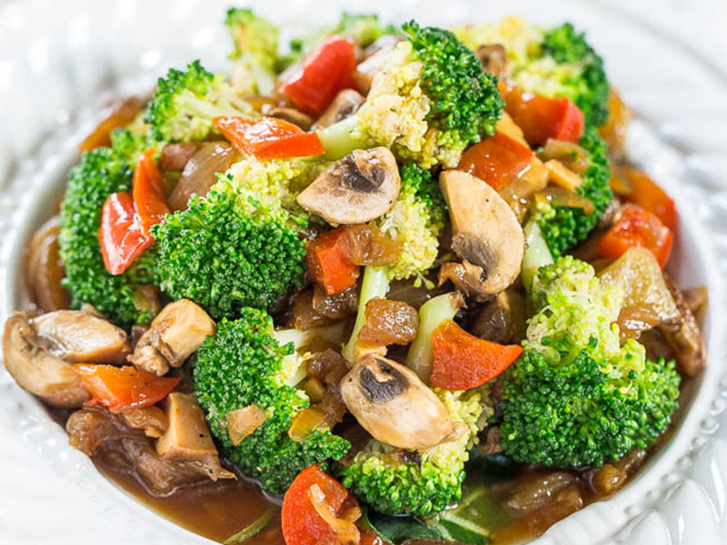 Healthy quick meals: Skinny Broccoli and Mixed Vegetable Stir-Fry