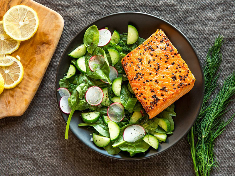 Low-carb meals: Sesame Salmon and Cucumber Salad