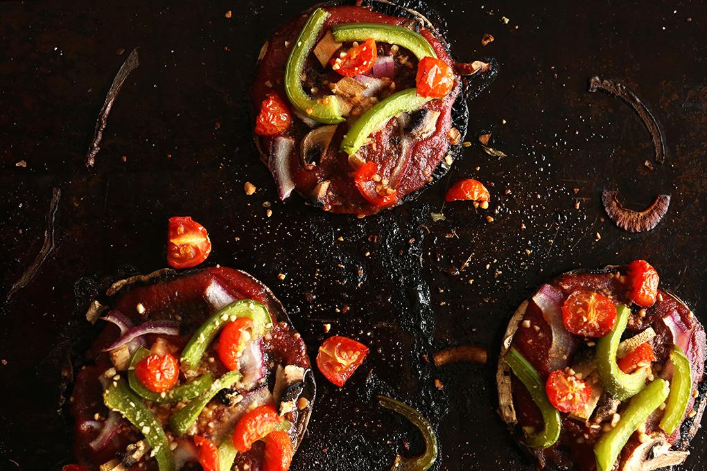 Low-calorie meals: Vegan Portobello Pizzas