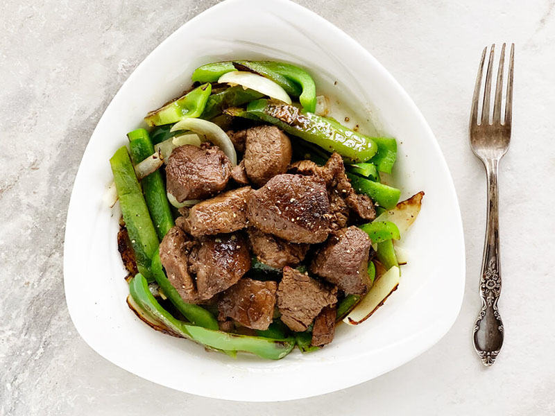 Low-carb, high-protein meals: Low-Carb Beef Tips & Peppers
