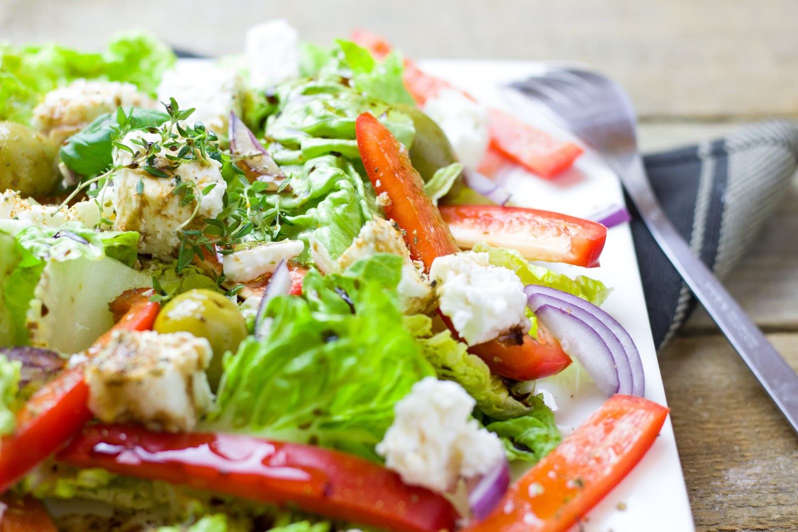 Heart-healthy meals: a leafy green salad