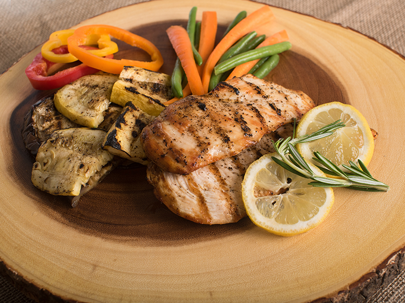 Easy chicken dinners: grilled chicken and vegetables