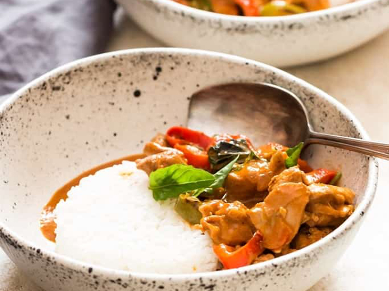Easy chicken dinners: Thai Panang Curry Recipe With Chicken