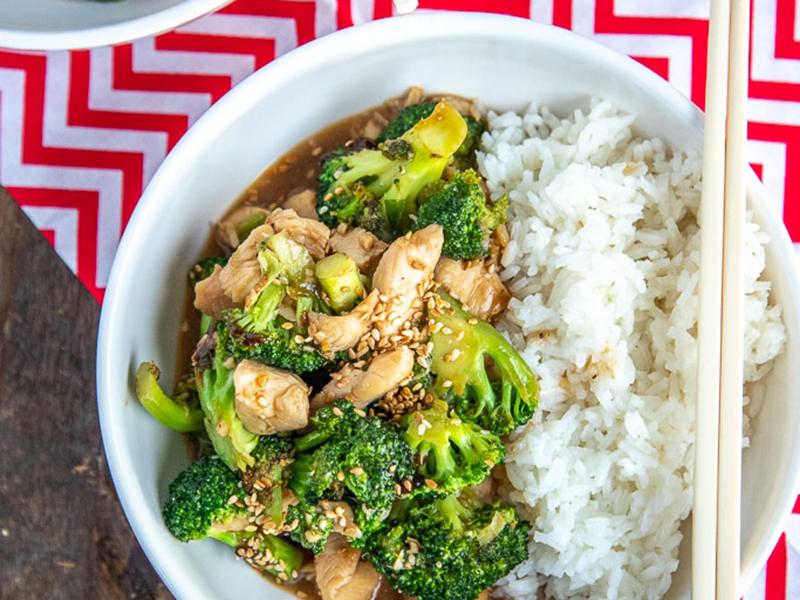 Easy chicken dinners: Chicken Broccoli Stir-Fry