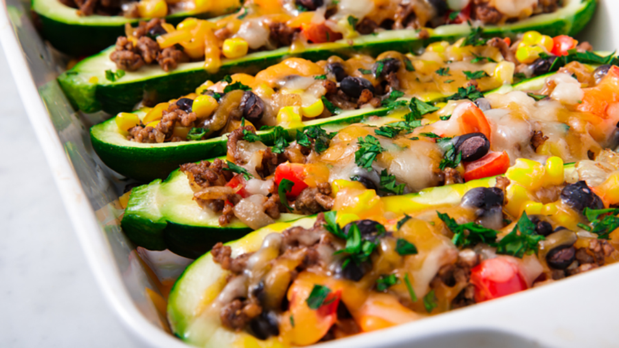Easy low-carb meals: Burrito Zucchini Boats