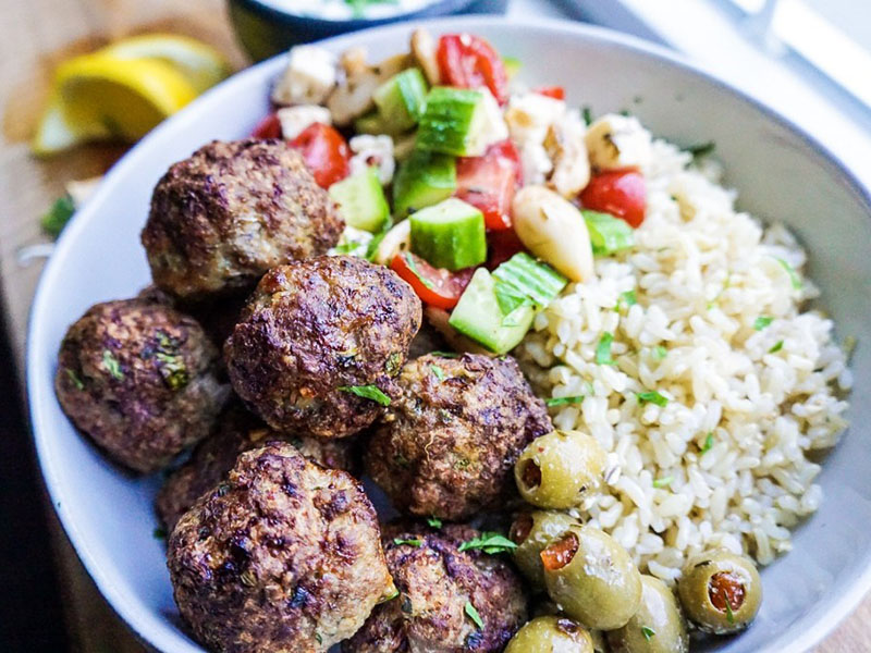 List of meals for dinner: Easy Turkey Meatballs Without Breadcrumbs