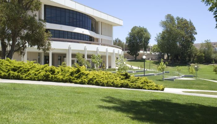 commercial landscaping services toronto