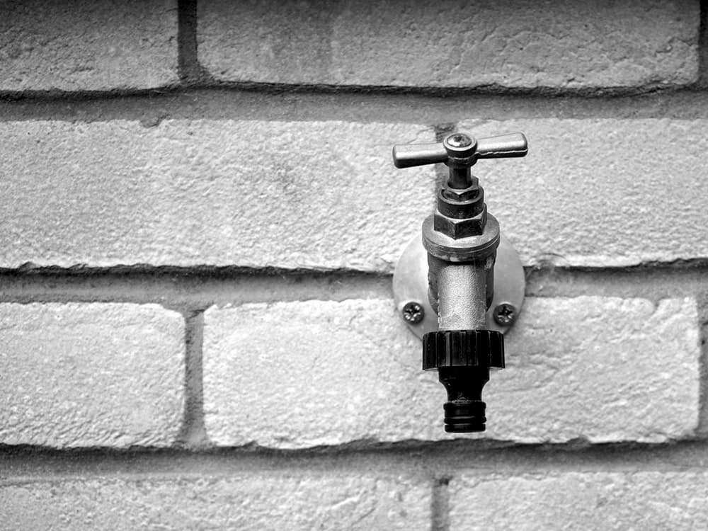 Outdoor faucet maintenance