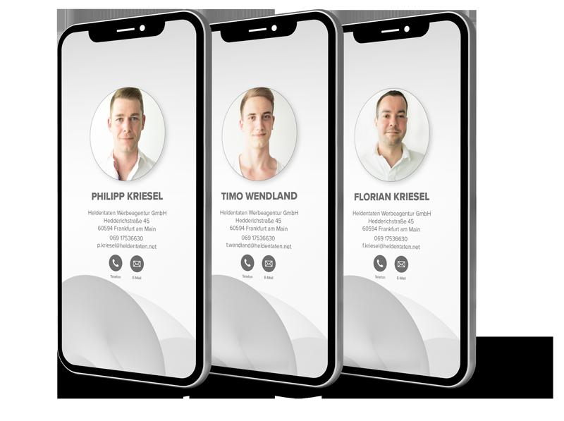 Drei Smartphones mit den Bildern des Teams