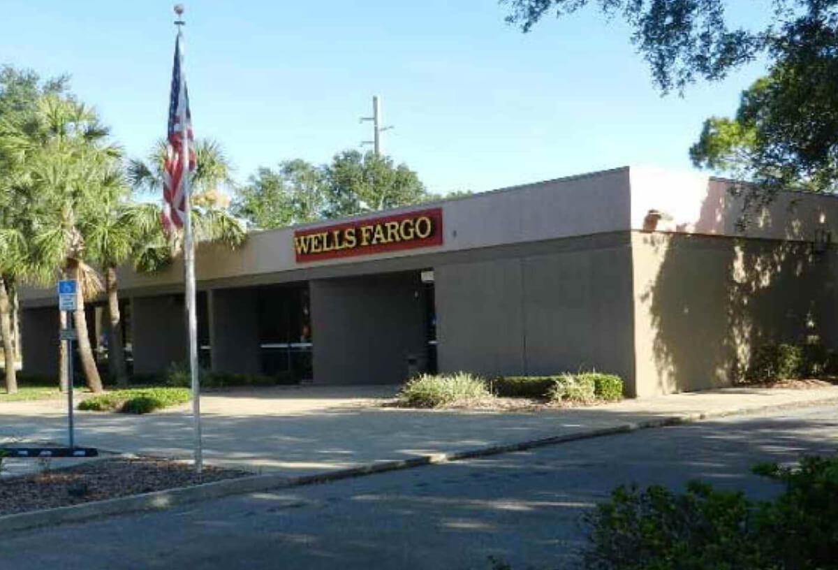 Wells Fargo - 4041 S Nova Rd