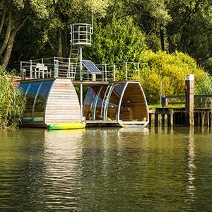 Floating Houseboat