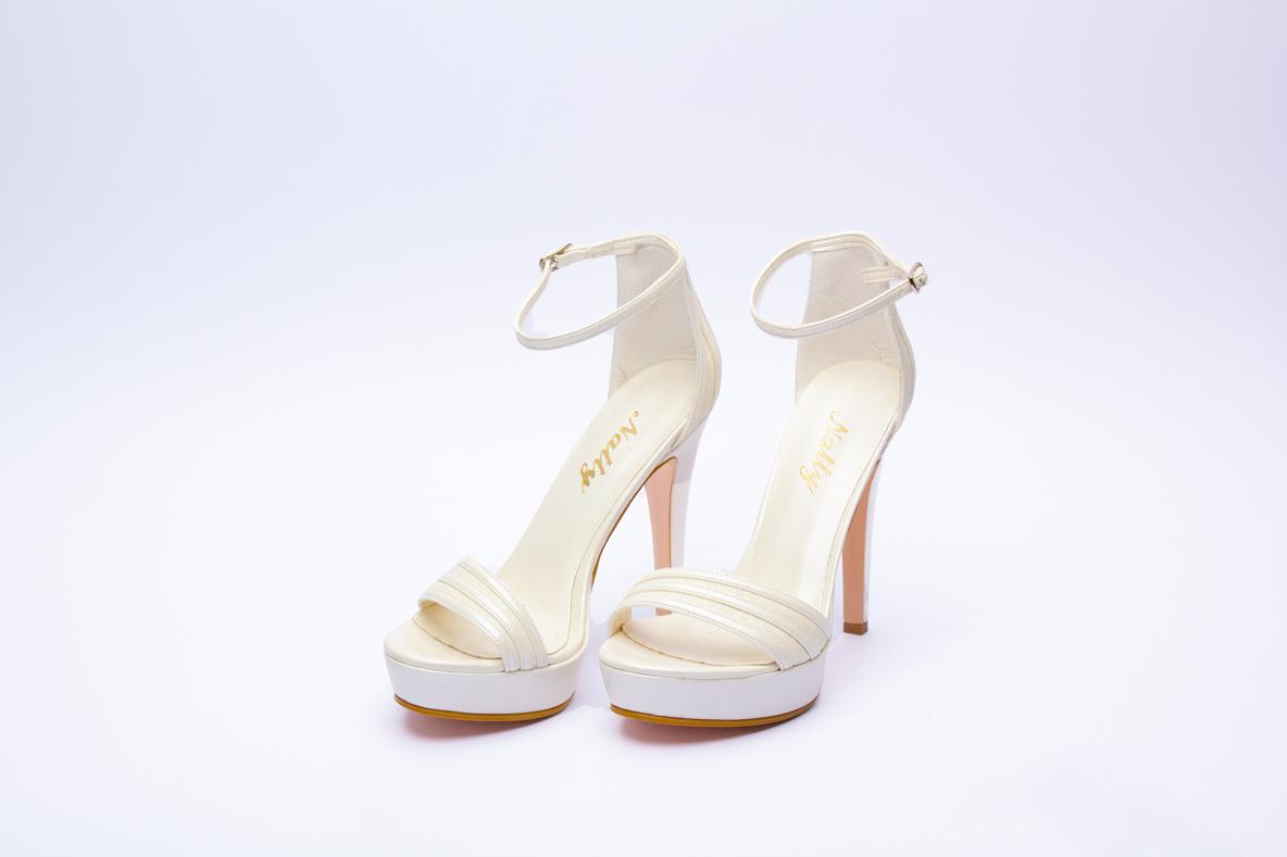 7bbc3849172 Retrouvez notre sélection de modèle de chaussures dans notre Boutique  Polater