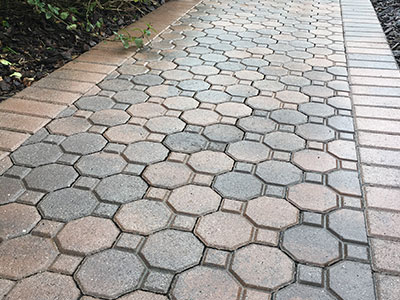 Pressure washed paving in Tampa, FL
