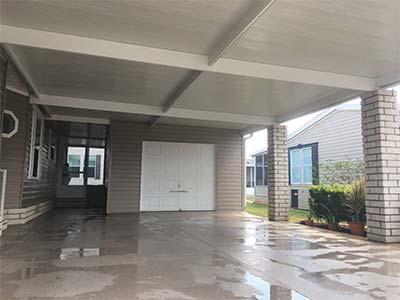 Pressure washed driveway in Tampa, FL