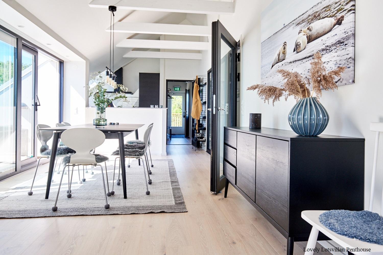 Lovely Lotvillan Penthouse-diningroom