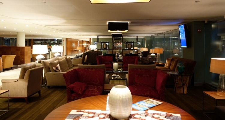 As well as great food, The Virgin Clubhouse has a wide selection of beer, wines, spirits and award-winning cocktails. The Clubhouse as a whole is fantastic, but it really excels with its food, drink and dining options. 25