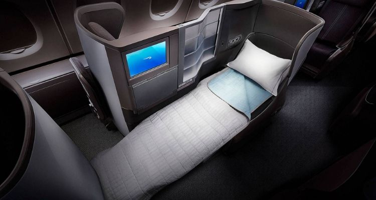 What is The Difference Between Economy and Business Class (and First Class)? 8