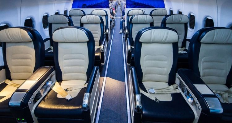 Low Cost Airlines vs Premium Airlines: How Flying Business Class Compares 2