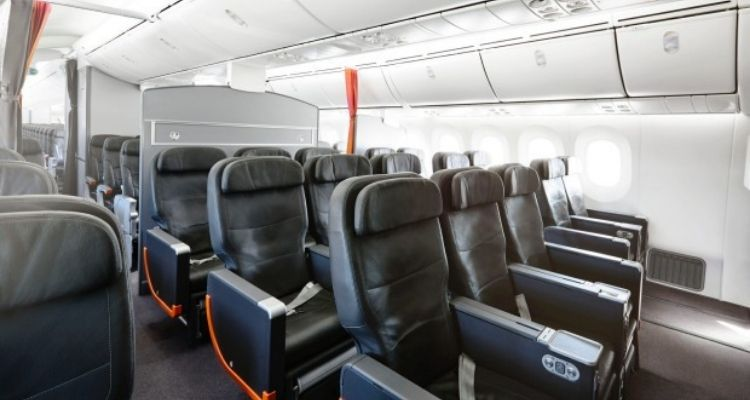 Low Cost Airlines vs Premium Airlines: How Flying Business Class Compares 5
