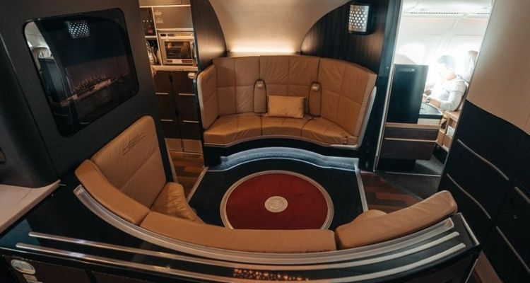 Low Cost Airlines vs Premium Airlines: How Flying Business Class Compares 13