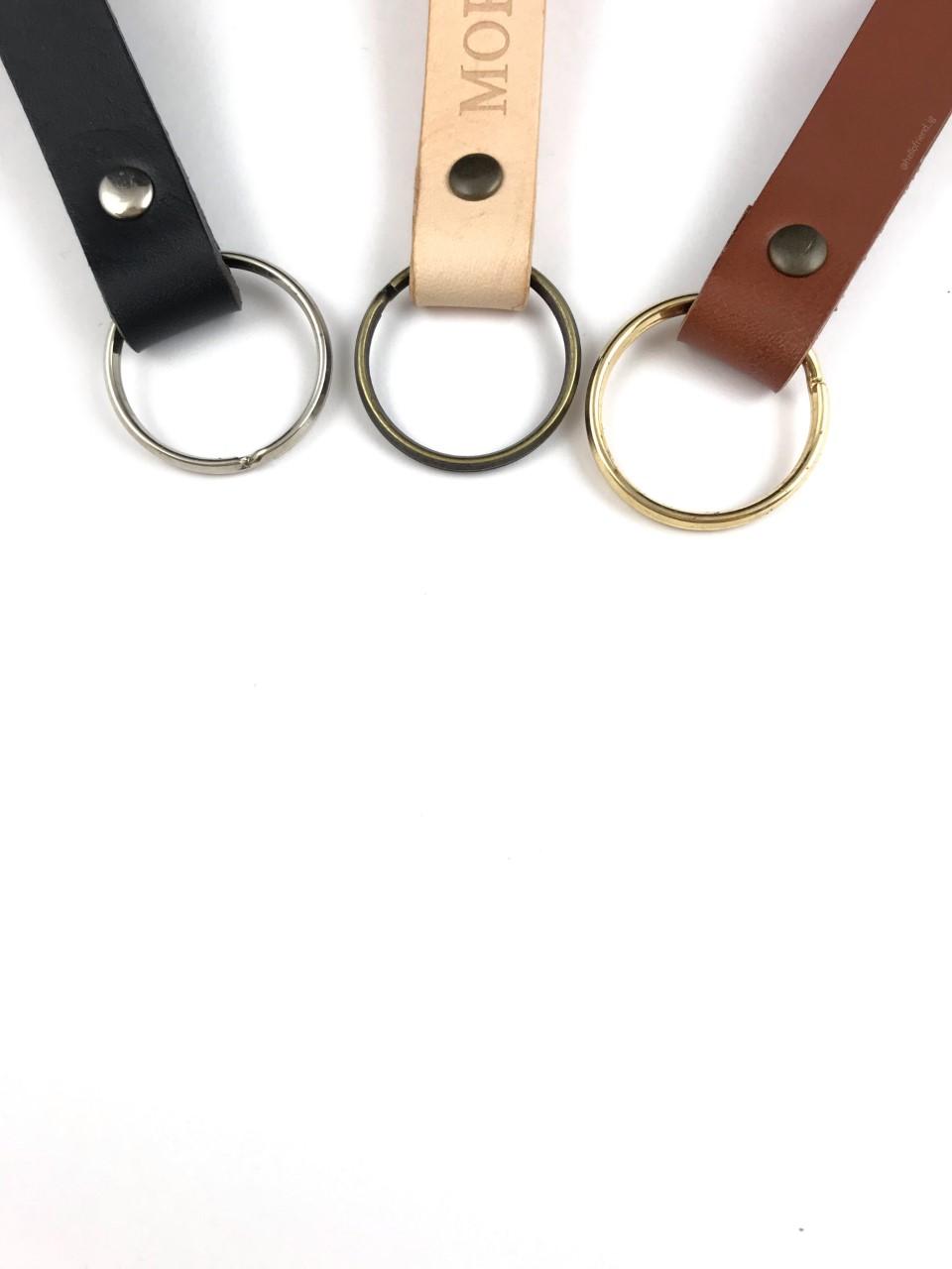 Lædernøglering med sølvring, lædernøglering med guldring, lædernøglering med messingring