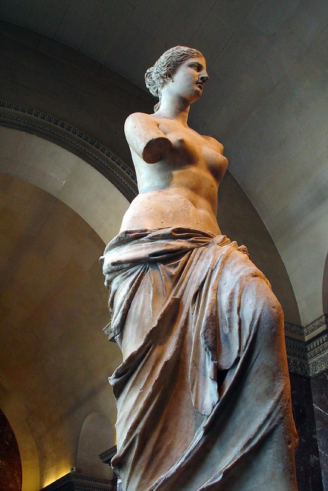 Η Αφροδίτη της Μήλου είναι ένα πολύ γνωστό μαρμάρινο άγαλμα, της ελληνιστικής εποχής, το οποίο βρέθηκε την άνοιξη του 1820 σε αγροτική περιοχή της Μήλου. Το άγαλμα, που βρέθηκε σε πάνω από 6 χωριστά κομμάτια, κατέληξε ένα χρόνο αργότερα στο Μουσείο του Λούβρου, όπου και εκτίθεται μέχρι σήμερα.  Η Αφροδίτη της Μήλου είναι από παριανό μάρμαρο και έχει ύψος 2,02 μ. Χρονολογείται γύρω στο 100 π.Χ. και παριστάνει την Αφροδίτη παρότι αρχικά κάποιοι θεωρούσαν ότι μπορεί να παριστάνει και την Αμφιτρίτη. Βρέθηκε ακρωτηριασμένο και εικάζεται πως η θεά στο αριστερό της χέρι κρατούσε μήλο ή καθρέφτη ή ότι με τα δύο χέρια της κρατούσε την ασπίδα του Άρη. Άλλοι πάλι θεωρούν ότι δεν έκανε τίποτε από αυτά και ότι ήταν έτοιμη να λουστεί. Για τα χέρια της υπάρχει ο μύθος ότι έσπασαν πάνω σε καβγά Γάλλων αρχαιολόγων και Ελλήνων κατά τη μεταφορά του αγάλματος, αλλά αυτό δεν ευσταθεί γιατί το έργο είχε βρεθεί εξαρχής δίχως τα χέρια. Εκείνο που πιθανόν αληθεύει είναι ότι τμήματα των χεριών είχαν βρεθεί σε διάφορα σημεία και ότι το αριστερό κρατούσε μήλο, αλλά χάθηκε κατά τη μεταφορά ή ότι επάνω στη συμπλοκή (η οποία όντως συνέβη για την απόκτησή της), κάποια από αυτά τα κομμάτια που συνόδευαν το γλυπτό (όπως το αριστερό χέρι) έπεσαν στη θάλασσα από τα βράχια και χάθηκαν για πάντα. Κάποτε θεωρήθηκε έργο του Πραξιτέλη, σήμερα όμως είναι πλέον σαφές ότι ο δημιουργός της είναι άλλος.