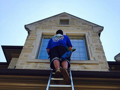 Residential window cleaning in Toronto, ON