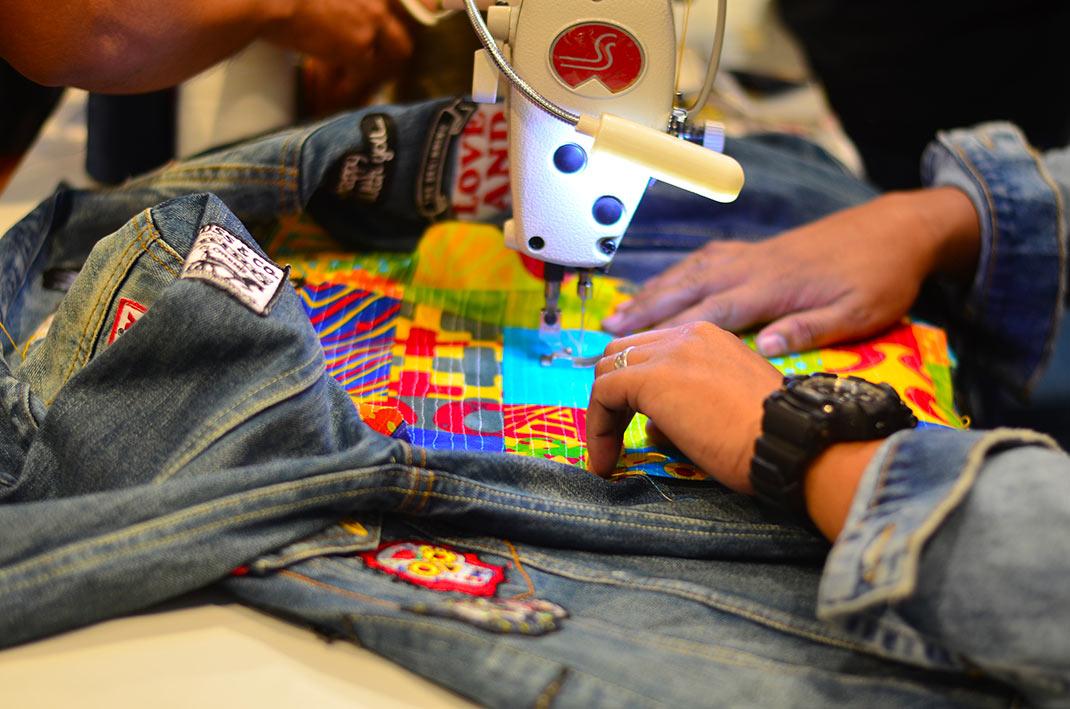 Personnalisation veste en jean levi's