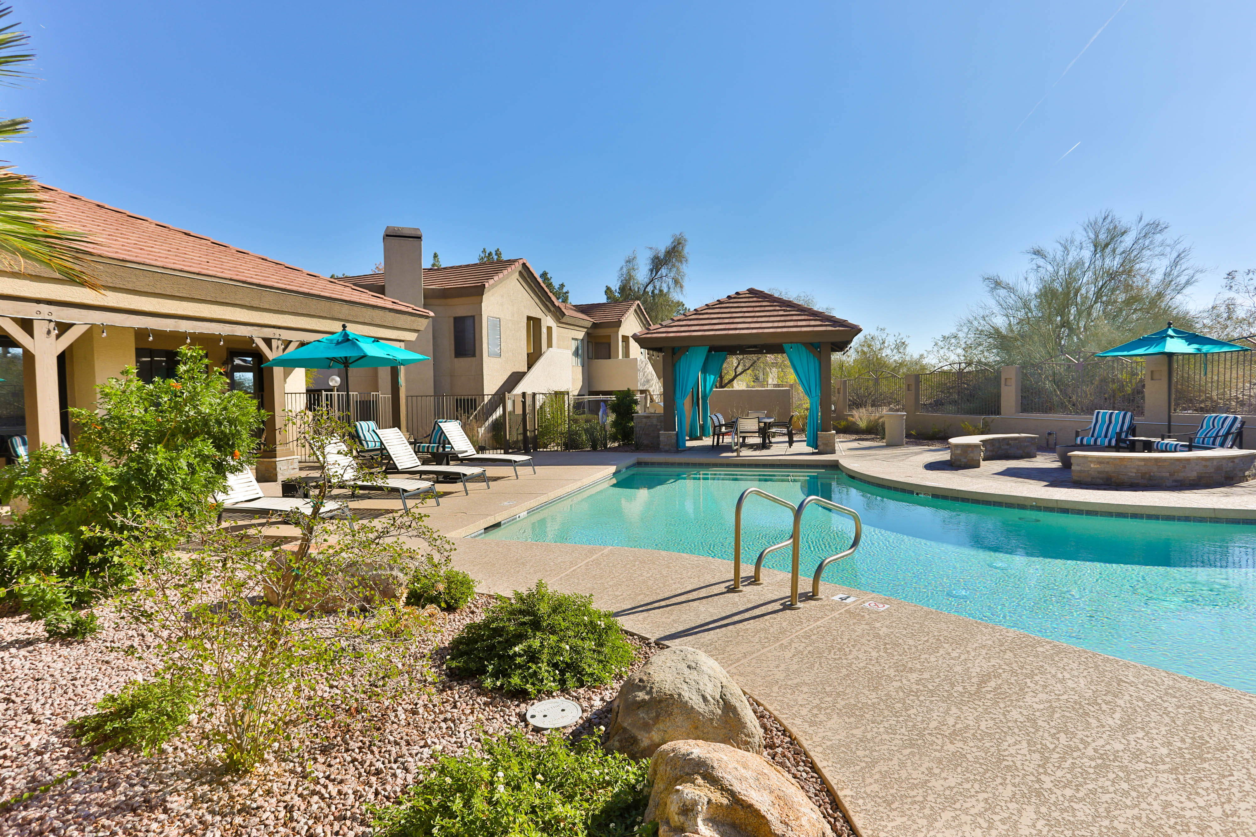 Sares Regis Group Fund III Acquires Mountain Park Apartments in Phoenix, AZ