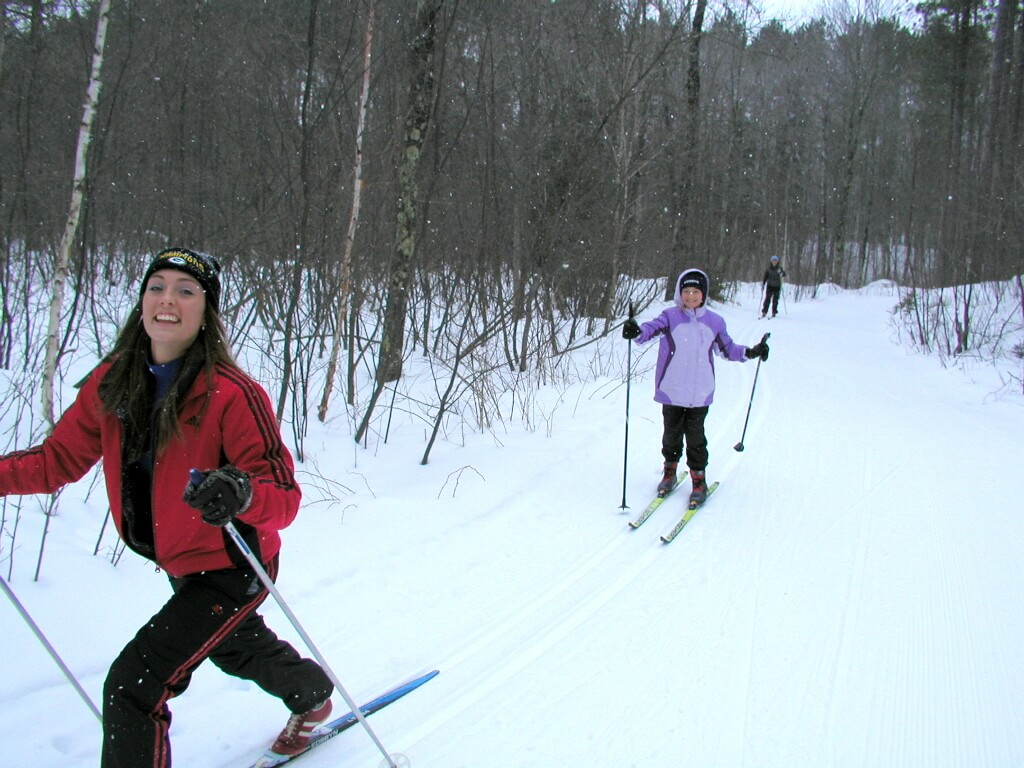 kids skiing at the Blue Hills Trail