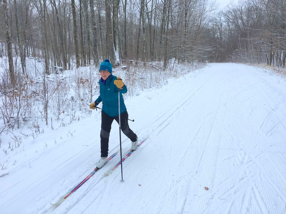 Classical skiing on the 'Gravel Road' on the East Side of the Blue Hills Trail
